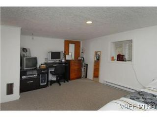 Photo 16: 3213 Doncaster Drive in VICTORIA: SE Cedar Hill Single Family Detached for sale (Saanich East)  : MLS®# 273975
