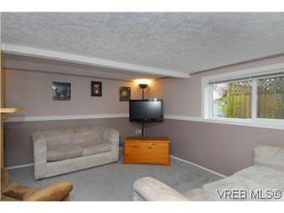 Photo 13: 3213 Doncaster Drive in VICTORIA: SE Cedar Hill Single Family Detached for sale (Saanich East)  : MLS®# 273975