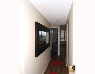 """Photo 5: 504 4603 HAZEL Street in Burnaby: Forest Glen BS Condo for sale in """"CRYSTAL PLACE"""" (Burnaby South)  : MLS®# V813793"""