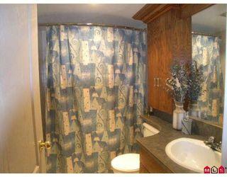 "Photo 5: 301 7426 138TH Street in Surrey: East Newton Condo for sale in ""Glencoe"" : MLS®# F2820598"