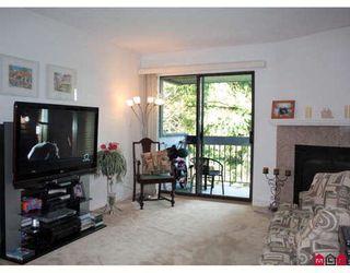 Photo 2: 419 10530 154TH Street in Surrey: Guildford Condo for sale (North Surrey)  : MLS®# F2907187