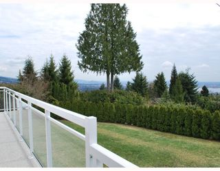 "Photo 3: 1104 GILSTON Road in West_Vancouver: British Properties House for sale in ""BRITISH PROPERTIES"" (West Vancouver)  : MLS®# V761856"
