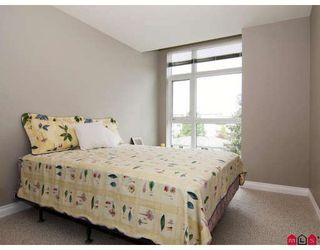 """Photo 7: 402 20277 53RD Avenue in Langley: Langley City Condo for sale in """"METRO 2"""" : MLS®# F2909624"""