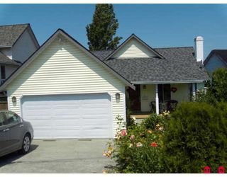 Photo 1: 13485 62ND Avenue in Surrey: Panorama Ridge House for sale : MLS®# F2910324