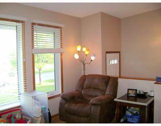 Photo 4: 73 MAPLERIDGE Avenue in WINNIPEG: Fort Garry / Whyte Ridge / St Norbert Residential for sale (South Winnipeg)  : MLS®# 2913125