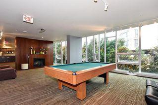 "Photo 10: 1104 8280 LANSDOWNE Road in Richmond: Brighouse Condo for sale in ""VERSANTE"" : MLS®# R2415795"