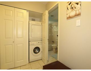 Photo 8: 2 137 E 5TH Street in North_Vancouver: Lower Lonsdale Condo for sale (North Vancouver)  : MLS®# V780710