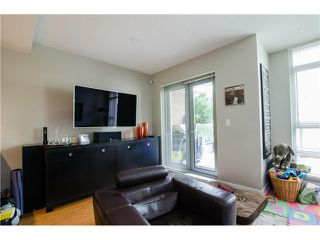 Photo 6: 305 1155 THE HIGH Street in Coquitlam: Home for sale : MLS®# V1123644