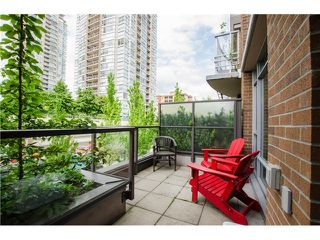 Photo 10: 305 1155 THE HIGH Street in Coquitlam: Home for sale : MLS®# V1123644