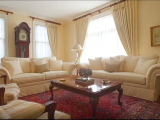 Photo 3: : Vancouver House for sale : MLS®# AR123
