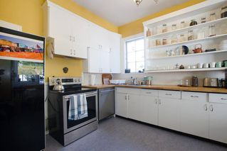 Photo 10: 601 E PENDER Street in Vancouver: Strathcona House for sale (Vancouver East)  : MLS®# R2428171