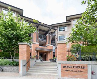 "Main Photo: 105 600 KLAHANIE Drive in Port Moody: Port Moody Centre Condo for sale in ""Boardwalk"" : MLS®# R2458639"