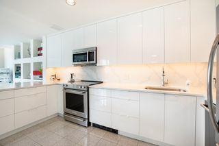 Photo 10: 403 1888 ALBERNI STREET in Vancouver: West End VW Condo for sale (Vancouver West)  : MLS®# R2443357