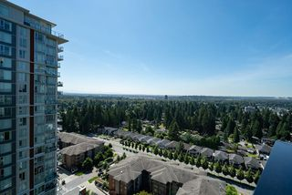 "Photo 21: 2103 3096 WINDSOR Gate in Coquitlam: New Horizons Condo for sale in ""Mantyla by Polygon"" : MLS®# R2476070"