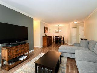 Photo 5: 106 494 Marsett Pl in Saanich: SW Royal Oak Condo Apartment for sale (Saanich West)  : MLS®# 844484