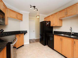 Photo 7: 106 494 Marsett Pl in Saanich: SW Royal Oak Condo Apartment for sale (Saanich West)  : MLS®# 844484