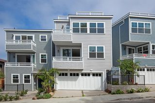 Photo 2: LA JOLLA House for sale : 3 bedrooms : 243 Playa Del Norte St