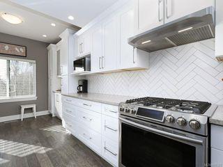 Photo 8: 59 530 Marsett Pl in : SW Royal Oak Row/Townhouse for sale (Saanich West)  : MLS®# 850323