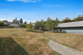 Photo 26: 3945 S Island Hwy in : CV Courtenay South House for sale (Comox Valley)  : MLS®# 851086
