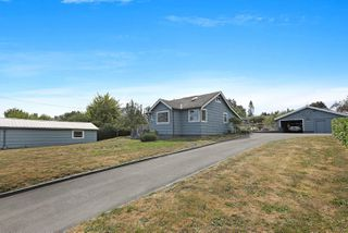 Photo 19: 3945 S Island Hwy in : CV Courtenay South House for sale (Comox Valley)  : MLS®# 851086