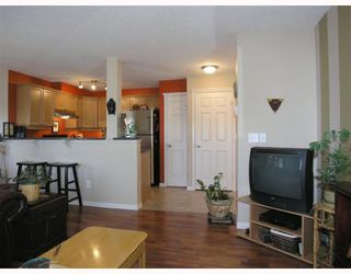 Photo 3: 301 1833 11 Avenue SW in CALGARY: Sunalta Condo for sale (Calgary)  : MLS®# C3392689