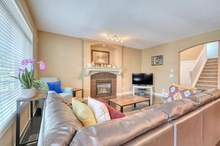 Photo 8: 184 EVEROAK Close SW in Calgary: Evergreen Detached for sale : MLS®# A1025085