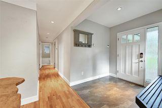 Photo 2: 5288 Santa Clara Ave in : SE Cordova Bay House for sale (Saanich East)  : MLS®# 858341
