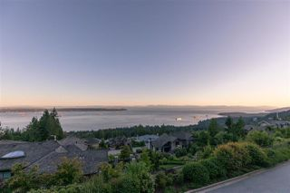"""Photo 24: 2517 HIGHGROVE Mews in West Vancouver: Whitby Estates Condo for sale in """"THE TERRACES AT HIGHGROVE"""" : MLS®# R2511334"""