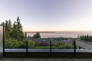 """Photo 26: 2517 HIGHGROVE Mews in West Vancouver: Whitby Estates Condo for sale in """"THE TERRACES AT HIGHGROVE"""" : MLS®# R2511334"""