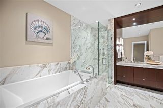 """Photo 19: 2517 HIGHGROVE Mews in West Vancouver: Whitby Estates Condo for sale in """"THE TERRACES AT HIGHGROVE"""" : MLS®# R2511334"""