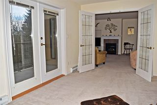 """Photo 9: 301 5855 COWRIE Street in Sechelt: Sechelt District Condo for sale in """"THE OSPREY"""" (Sunshine Coast)  : MLS®# R2527048"""