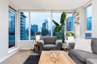 """Main Photo: 1501 1001 RICHARDS Street in Vancouver: Downtown VW Condo for sale in """"Miro"""" (Vancouver West)  : MLS®# R2528181"""