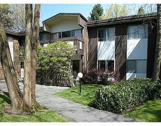 """Photo 1: 2 5535 OAK Street in Vancouver: Shaughnessy Condo for sale in """"SHAWNOAKS"""" (Vancouver West)  : MLS®# V811099"""