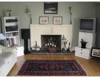 """Photo 3: 2 5535 OAK Street in Vancouver: Shaughnessy Condo for sale in """"SHAWNOAKS"""" (Vancouver West)  : MLS®# V811099"""