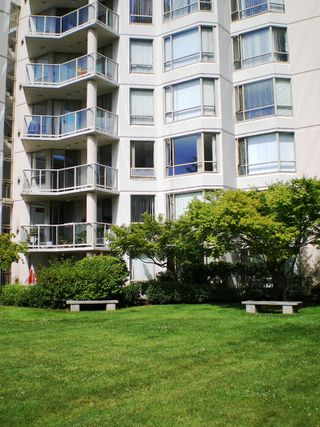 "Photo 17: # 303 - 1189 Eastwood Street in Coquitlam: North Coquitlam Condo for sale in ""THE CARTIER"" : MLS®# V844049"