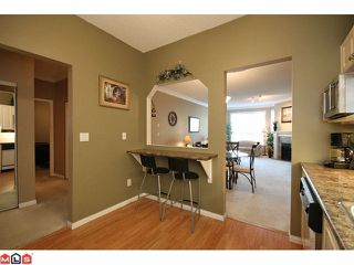 """Photo 7: 306 5646 200TH Street in Langley: Langley City Condo for sale in """"CAMBRIDGE COURT"""" : MLS®# F1026296"""