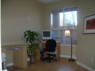 "Photo 8: 105 14998 101A Avenue in SURREY: Guildford Condo for sale in ""CARTIER PLACE"" (North Surrey)  : MLS®# F2701305"