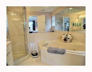 "Photo 8: 5249 BRIGANTINE Road in Ladner: Neilsen Grove House for sale in ""MARINA GARDEN ESTATES"" : MLS®# V762885"
