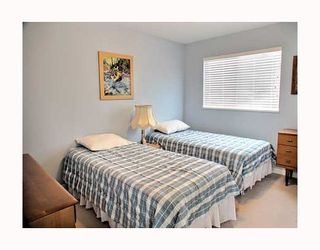 "Photo 9: 5249 BRIGANTINE Road in Ladner: Neilsen Grove House for sale in ""MARINA GARDEN ESTATES"" : MLS®# V762885"