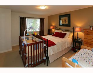 Photo 7: 95 2200 PANORAMA Drive in Port_Moody: Heritage Woods PM Townhouse for sale (Port Moody)  : MLS®# V772360