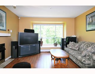 """Photo 2: 434 1252 TOWN CENTRE Boulevard in Coquitlam: Canyon Springs Condo for sale in """"THE KENNEDY"""" : MLS®# V773120"""