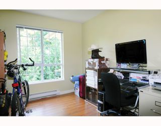 """Photo 7: 434 1252 TOWN CENTRE Boulevard in Coquitlam: Canyon Springs Condo for sale in """"THE KENNEDY"""" : MLS®# V773120"""