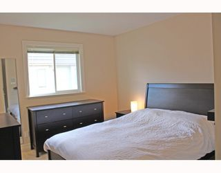 "Photo 7: 7331 GILBERT Road in Richmond: Granville House for sale in ""GRANVILLE"" : MLS®# V780640"