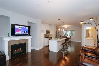 Photo 2: 2 2265 ATKINS Avenue in Port Coquitlam: Central Pt Coquitlam Townhouse for sale : MLS®# R2421082