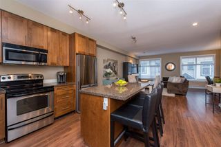 "Photo 4: 55 6123 138 Street in Surrey: Sullivan Station Townhouse for sale in ""PANORAMA WOODS"" : MLS®# R2430750"