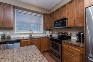 "Photo 3: 55 6123 138 Street in Surrey: Sullivan Station Townhouse for sale in ""PANORAMA WOODS"" : MLS®# R2430750"