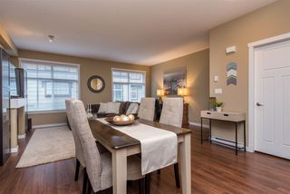 "Photo 5: 55 6123 138 Street in Surrey: Sullivan Station Townhouse for sale in ""PANORAMA WOODS"" : MLS®# R2430750"