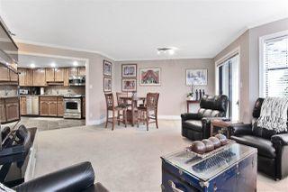 """Photo 4: 203 15080 PROSPECT Avenue: White Rock Condo for sale in """"The Tiffany"""" (South Surrey White Rock)  : MLS®# R2434802"""