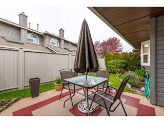 "Photo 20: 6139 W BOUNDARY Drive in Surrey: Panorama Ridge Townhouse for sale in ""LAKEWOOD GARDENS"" : MLS®# R2452648"