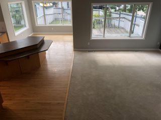 Photo 9: 4040 31 Street NW in Edmonton: Zone 30 House for sale : MLS®# E4202960
